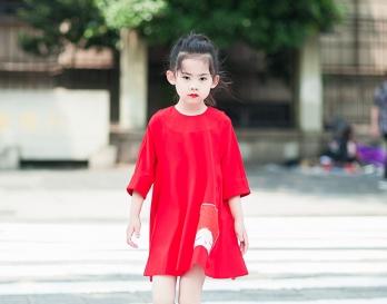 魔发妹-小红裙2