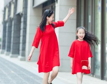 魔发妹-小红裙10